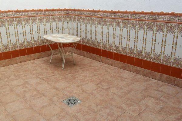 Ref.: 01041 – Casa con pk