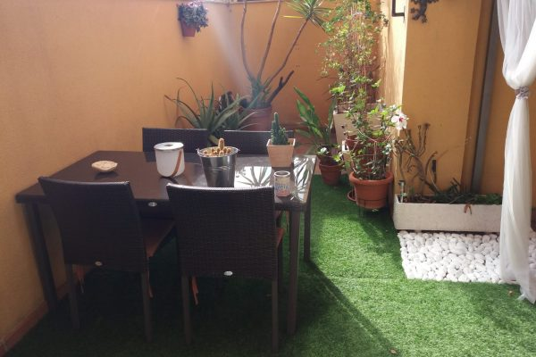 Ref.: 01284 – Planta baja con terraza de 23m2